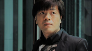 「本の話」に『ある男』文庫化に寄せた平野啓一郎のメッセージが掲載されています。
